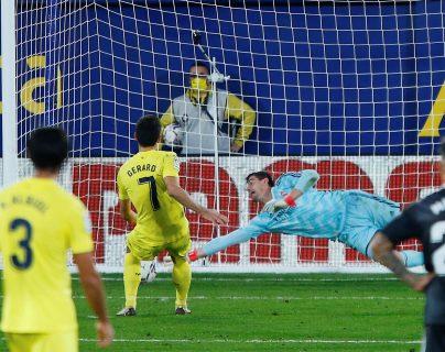 El Real Madrid suma cuatro penales marcados en contra en sus dos últimos juegos de La Liga: (Foto Prensa Libre: EFE)