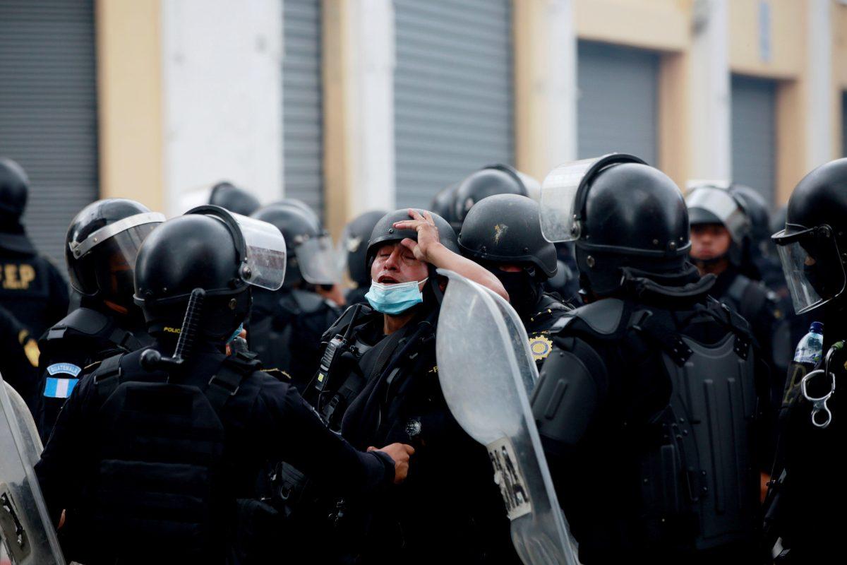 Gobierno inicia diálogo sin reconocer abuso policial en manifestaciones