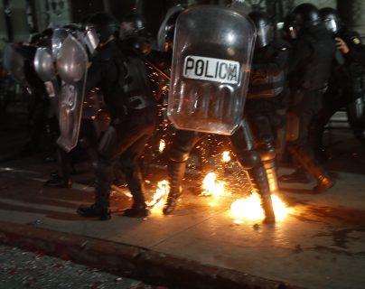 Sobre dos jóvenes caen las acusaciones por la violencia registrada en las protestas del 28N