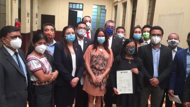 Los diputados de oposición afirman que asistir a la plenaria de este lunes sería respaldar un acto ilegal. Fotografía: Movimiento Semilla.