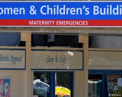 Enfermera británica es acusada de matar a ocho bebés