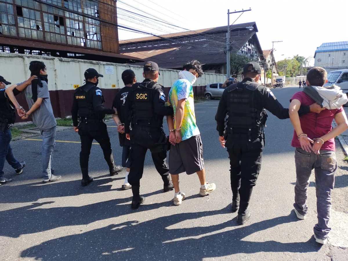 Tres menores (uno con alerta Alba Keneth) son rescatados de una guarida de presuntos pandilleros