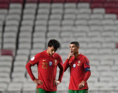 Portugal y Cristiano Ronaldo quedaron fuera de la competencia y no podrán defender su título de campeones de la Liga de Naciones. (Foto Prensa Libre: AFP)