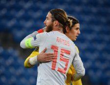 Sergio Ramos consiguió un récord histórico con la Selección Nacional de España en un partido en el que además falló dos penales. (Foto Prensa Libre: AFP)