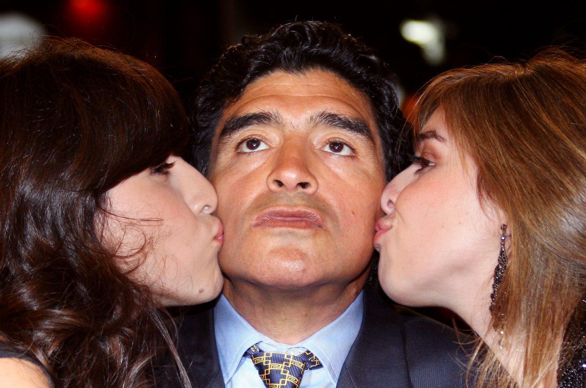 La hija de Diego Maradona, Gianinna, se emociona por la historia de una chica a quien su padre le salvó la vida.