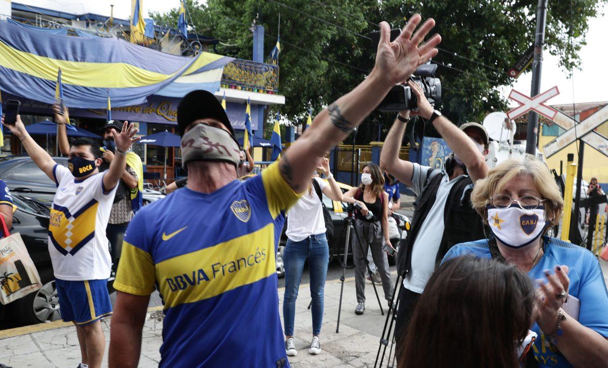 El juego de Boca Juniors lo aplazaron por la muerte de su diez histórico Diego Maradona