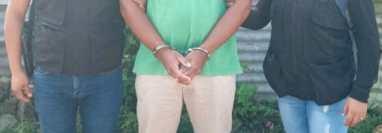 Uno de los capturados por el crimen contra tres mujeres en Chiquimula. (Foto Prensa Libre: PNC)