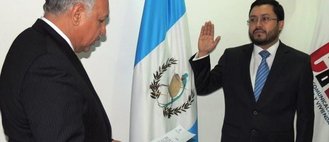 Exministro Carlos Velásquez Monge, vinculado a un caso de corrupción, queda ligado a proceso