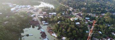Vista aérea de Campur, San Pedro Carchá, Alta Verapaz, que está inundado por la lluvia que dejó Eta. (Foto Prensa Libre: Cortesía)