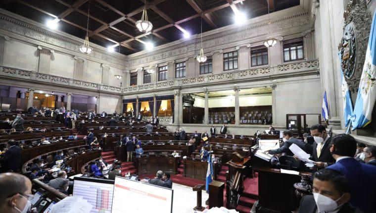 El Congreso y el Ejecutivo deben fijar un nuevo presupuesto a más tardar el 30 de noviembre. Foto (Prensa Libre: Congreso de la República)