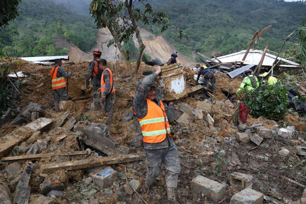 Tragedia en Quejá, San Cristóbal Verapaz: suspenden búsqueda de víctimas por Eta