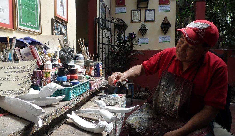 Muere el maestro de la cerámica Cruz Enrique España Menchú