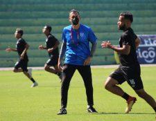 Ezequiel Barril, durante uno de los entrenamientos de Antigua GFC, en el estadio Pensativo. (Foto Prensa Libre: Cortesía Ezequiel Barril)