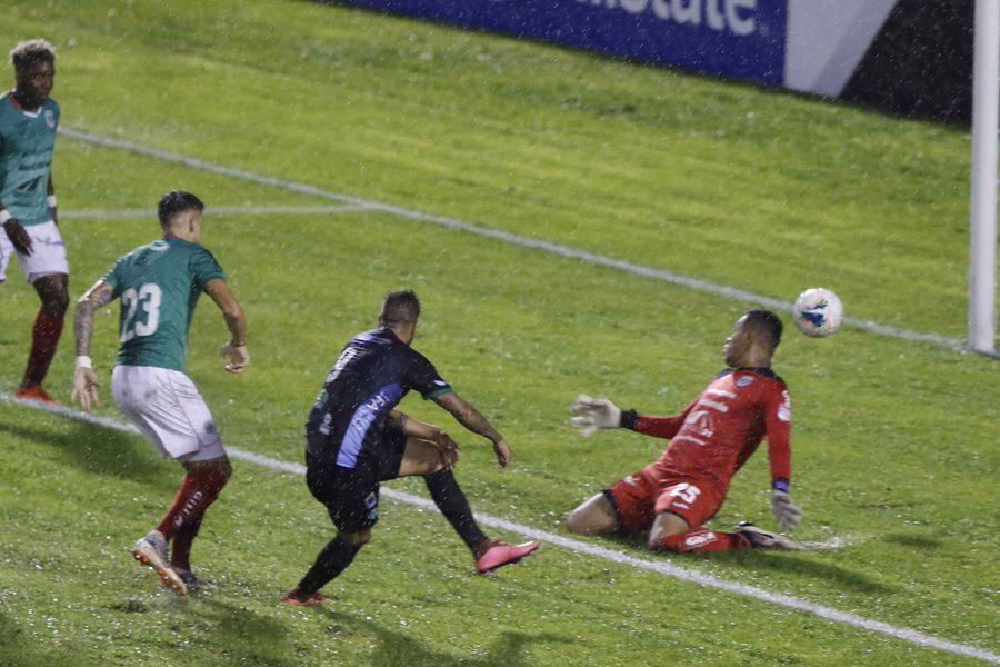 Liga Concacaf: Antigua GFC no puede en los penales y Marathón avanza a los cuartos de final