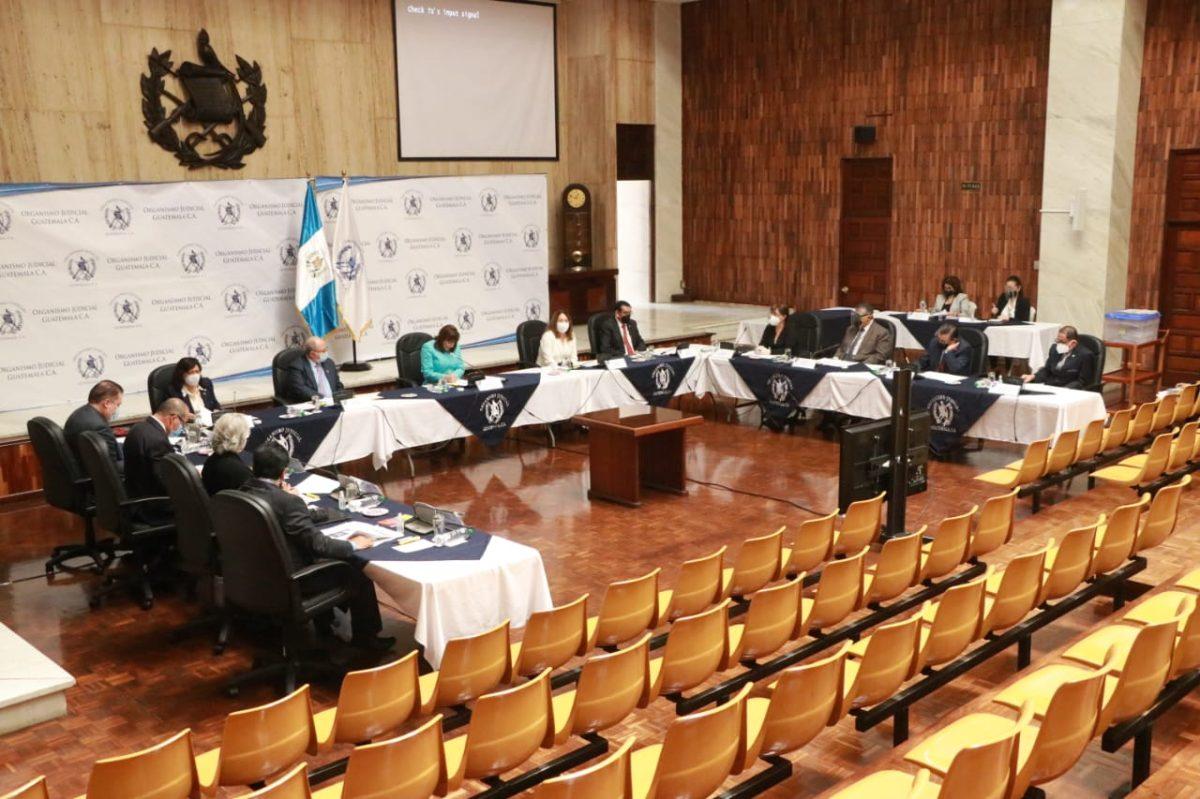 Controversia por tachas y mecanismo de elección marcan sesión de la CSJ sobre magistrados para la CC