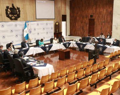 Vista de la sesión de la CSJ donde fueron elegidos dos magistrados a la CC. (Foto Prensa Libre: OJ)