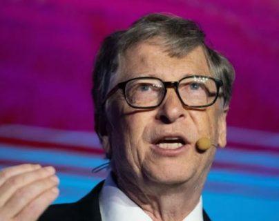 """Bill Gates pronostica un mundo tras la pandemia del coronavirus y hace mención a la """"guerra"""""""