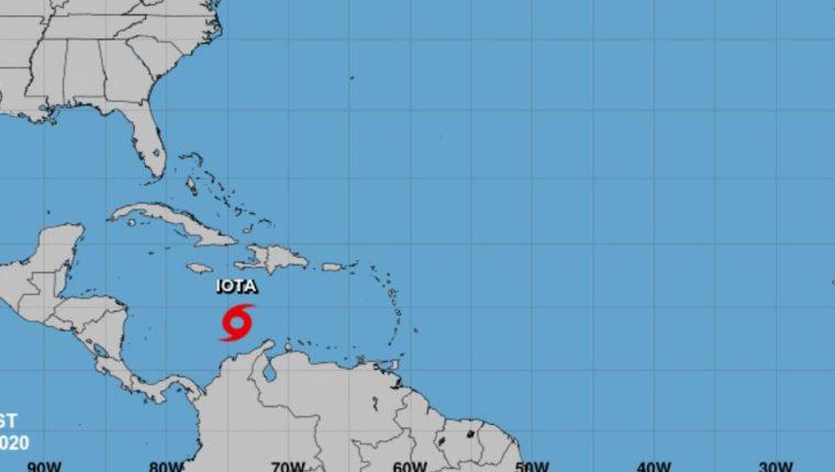 Mapa muestra la ubicación de Iota. (Foto Prensa Libre: Centro Nacional de Huracanes)