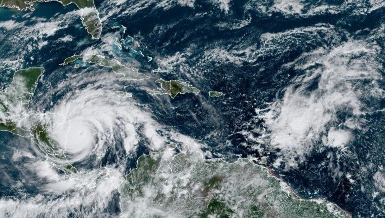 Ubicación del huracán Iota. (Foto Prensa Libre: EFE)