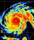 Imágen que compartió el   Centro Nacional de Huracanes sobre el avance de el Huracán Iota hacia Centroamérica, y que podría elevarse a categoría 5. (Foto Prensa Libre: CNH)