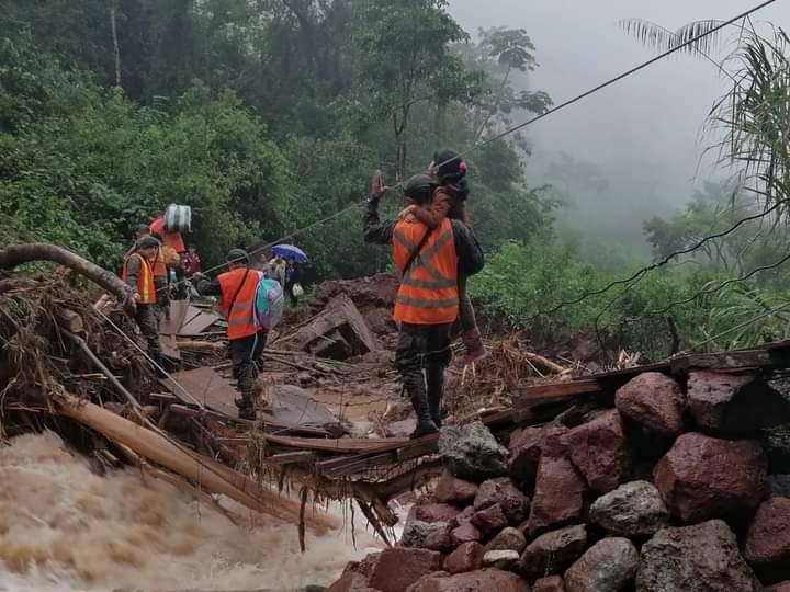 Con rutas destruidas y el tráfico aéreo restringido, situación de familias del norte de Huehuetenango se agrava por falta de alimentos