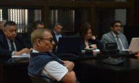 Manuel Benedicto Lucas García escucha la imputación del Ministerio Público. (Foto Prensa Libre: Miriam Figueroa)