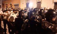 Manifestación contra el gobierno se tornó violenta el 28 de noviembre 2020. (Foto Prensa Libre: Hemeroteca PL).