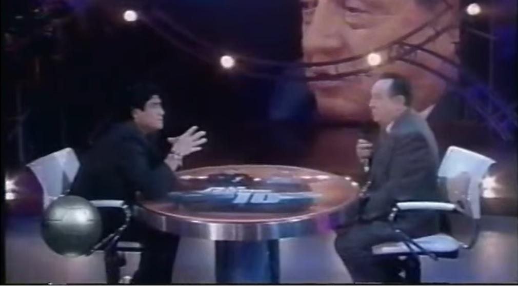 """""""Usted es mi ídolo, maestro"""", el día que Maradona entrevistó a Chespirito y a quien le hizo una confesión"""