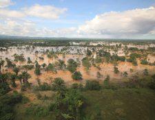 Grandes plantaciones siguen inundadas. (Foto: Carlos Hernández)
