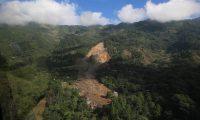 El caserío Quejá, en San Cristóbal Verapaz, Alta Verapaz, quedó sepultado por la lluvia que dejó la depresión tropical Eta. (Foto Prensa Libre: Carlos H. Ovalle)