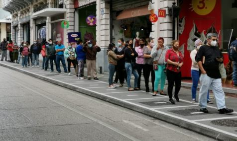 Guatemala mantiene el uso obligatorio de la mascarilla para prevenir contagios de coronavirus. (Foto Prensa Libre: Hemeroteca PL)