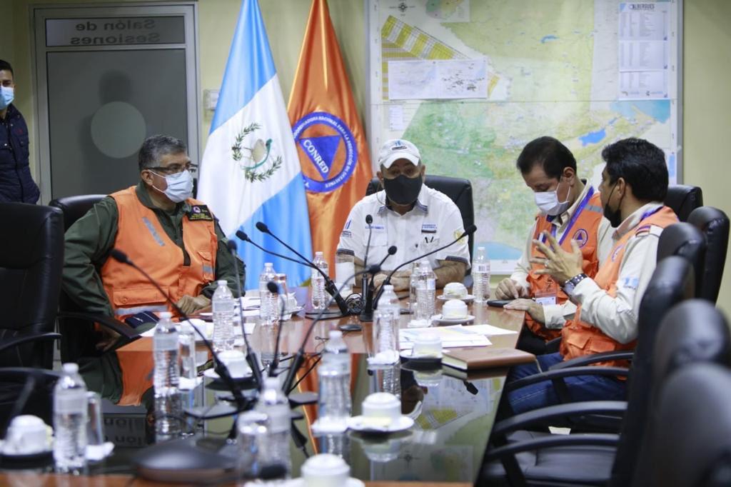 Presidente Giammattei culpa al Congreso de desorden de SAAS