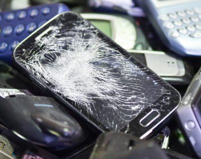 ¿Teléfono nuevo?  Ideas para el celular usado y que no afecte el ambiente