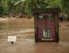 El sitio arqueológico Quiriguá, en Los Amates, Izabal, sigue anegado por las inundaciones. (Foto Prensa Libre: Byron García)