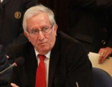 El exministro Oliverio García Rodas fue diputado durante 26 años y lideró mesas de discusión sobre seguridad y justicia. (Foto Prensa Libre: Hemeroteca PL)