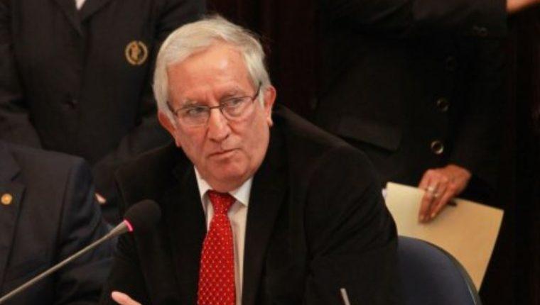 Ministro de Gobernación, Oliverio García, renuncia luego de rechazo por autorización de Planned Parenthood