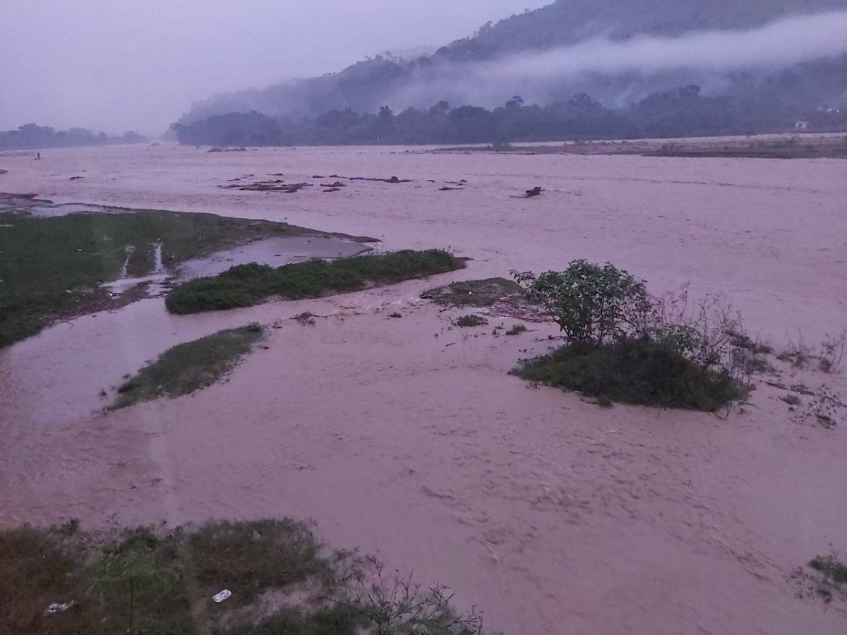 Lluvias no dan tregua y continuarán por 48 horas más (miles de familias afectadas y daños en infraestructura)