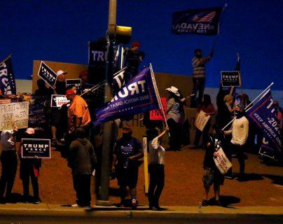 Los estadounidenses continúan a la espera de los resultados de las elecciones presidenciales entre Joe Biden y Donald Trump. (Foto Prensa Libre: AFP)