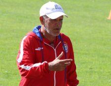 Walter Claverí tiene contrato con Xelajú para dirigir la temporada 2020-2021. (Foto Prensa Libre: Hemeroteca PL)