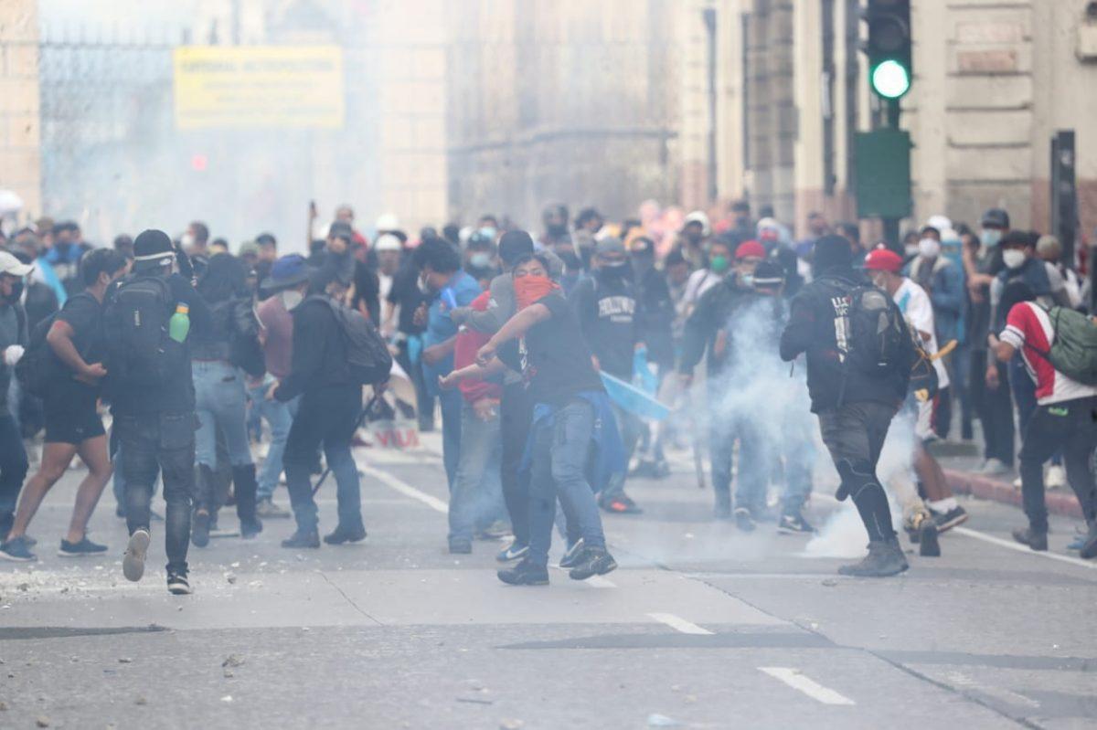 Así evolucionan dos manifestantes que perdieron un ojo por el impacto de bombas de gases lacrimógenos