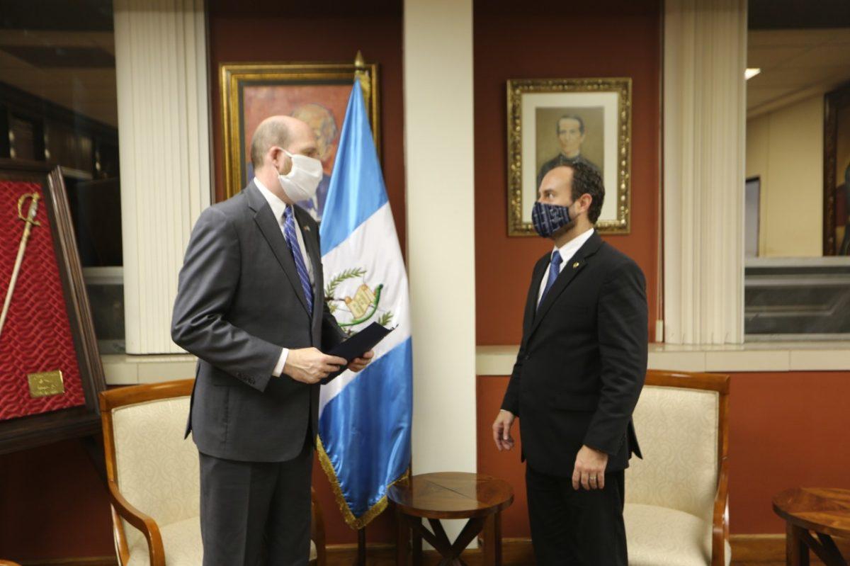 Eta: Qué dice la carta en la que Guatemala solicita un TPS a Estados Unidos