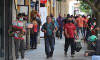 Pese a que en las últimas semanas los contagios de covid-19 han descendido en Guatemala, para las próximas semanas y hasta diciembre, se preve se den hasta 40 mil contagios más. (Foto Prensa Libre: Hemeroteca PL)