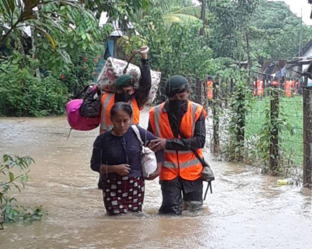 Fotos y videos: Así son las inundaciones en comunidades de Izabal por las lluvias de la últimas horas