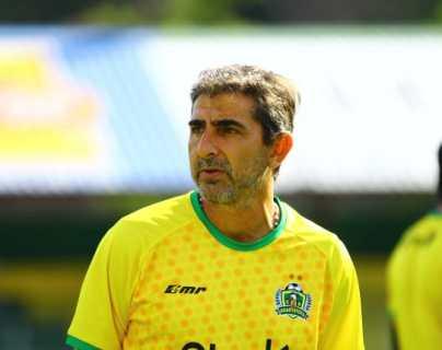 Guastatoya despide a su técnico Fabricio Benítez y en su lugar llega Willy Coito Olivera