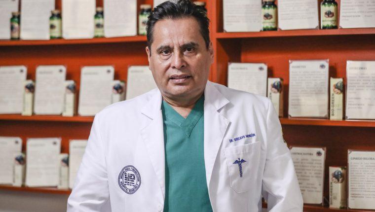 médico Gustavo Monzón