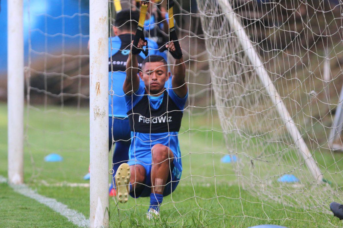 Amarini Villatoro separa de la Selección Nacional a tres jugadores por indisciplina
