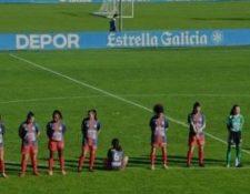La futbolista Paula Dapena reconoció los logros futbolísticos de Diego Armando Maradona, pero también recordó los pasajes de la vida de este en los que se vio envuelto en violencia de género y situaciones sexuales con menores de edad. (Foto Prensa Libre: Twitter)