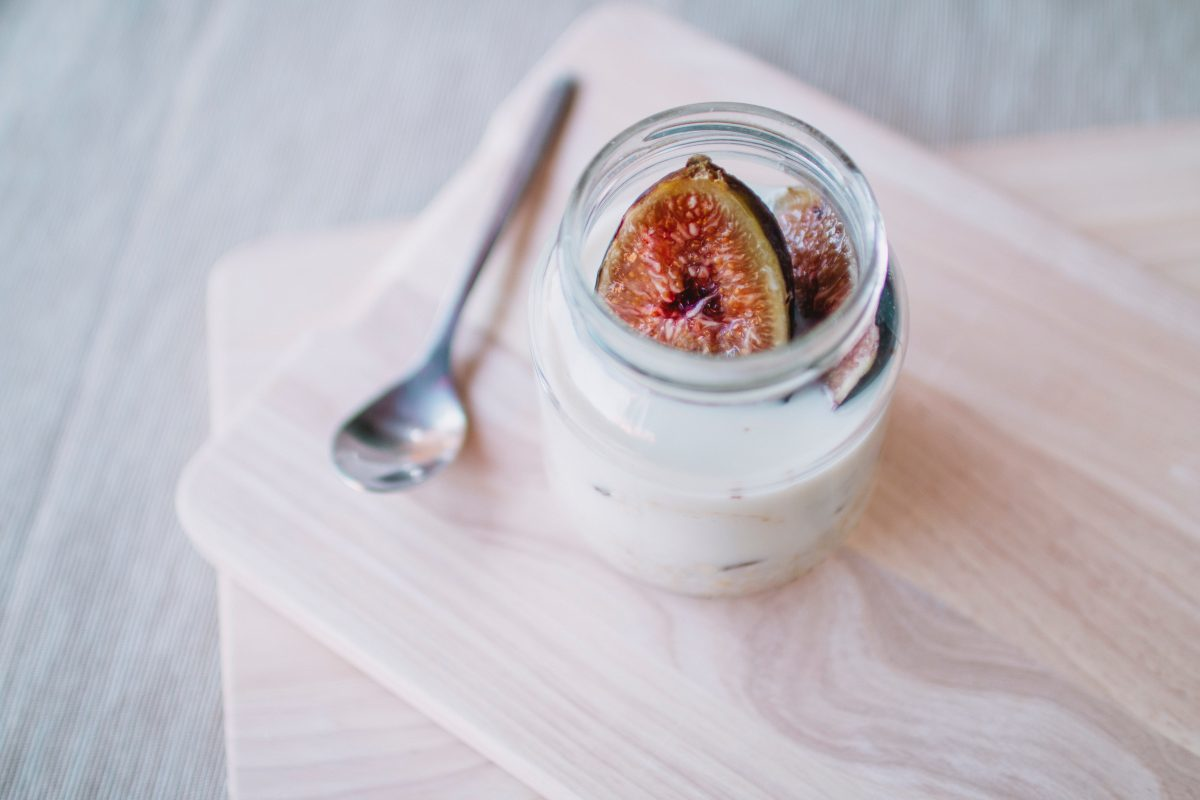 Yogur griego, una opción saludable para la alimentación diaria