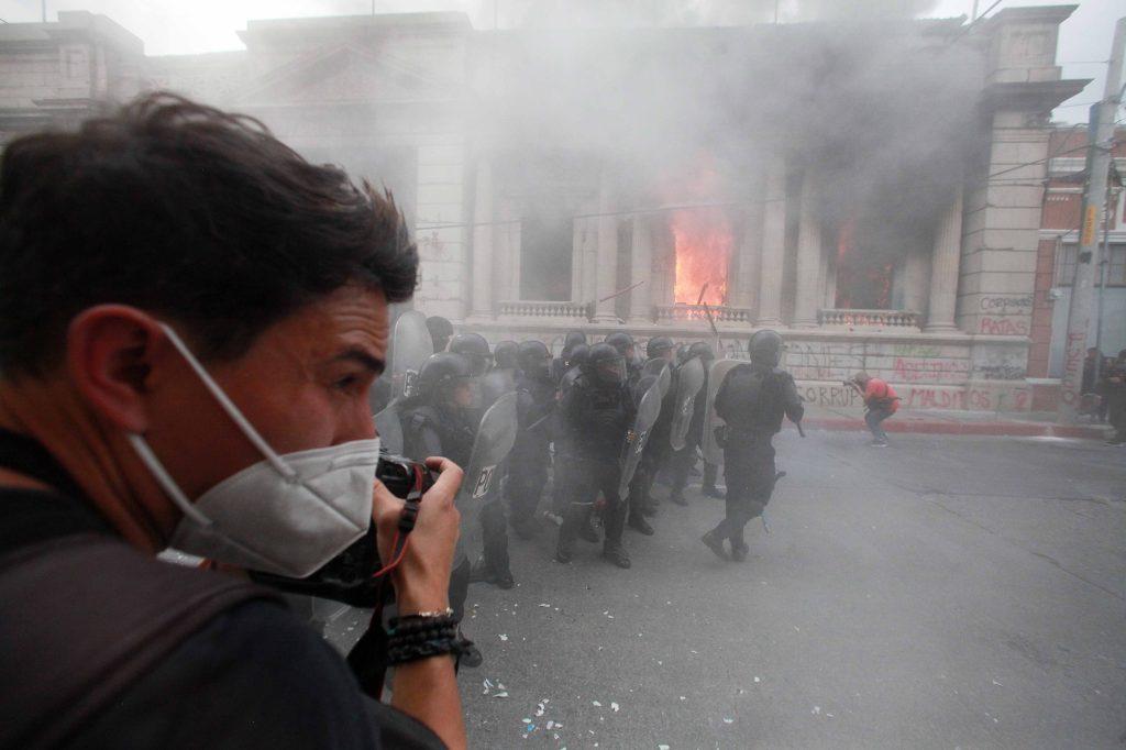 Material fotográfico del periodista Carlos Sebastián durante la jornada #21N.