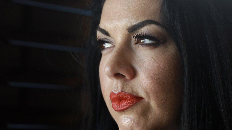 """""""Fui acosada en mi pueblo por hablar español y me tuve que ir"""": Ana Suda, retenida por hablar español en una gasolinera en EE. UU."""